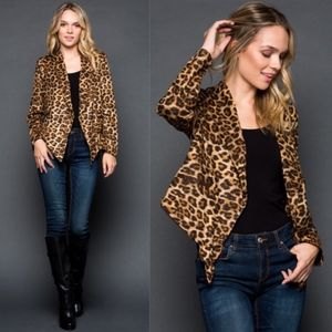 MUST HAVE Leopard Print Jacket